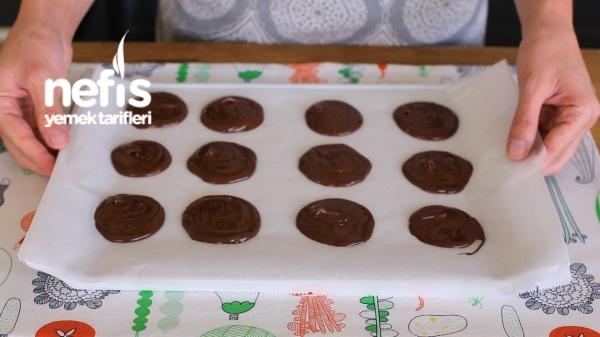 İçi Çikolatalı Pankek Tarifi