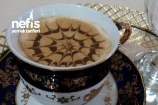 Bol Köpüklü Çikolatalı Kahve Tarifi