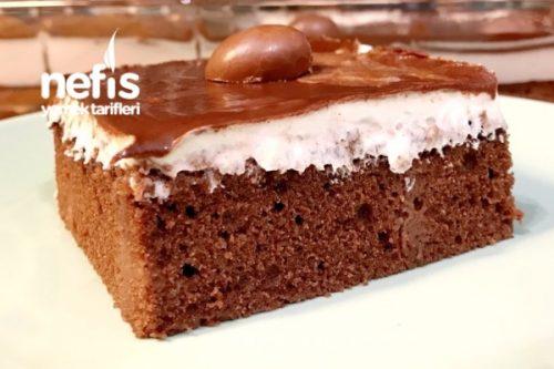 Ganaj Soslu Çikolatalı Kek (Pasta Tadında) Tarifi