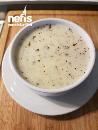 Yayla Çorbası (lokanta Usulü)