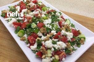 Kahvaltılık Lor Salatası Tarifi