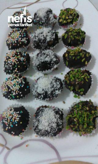 Çikolatalı Çevizli Toplar