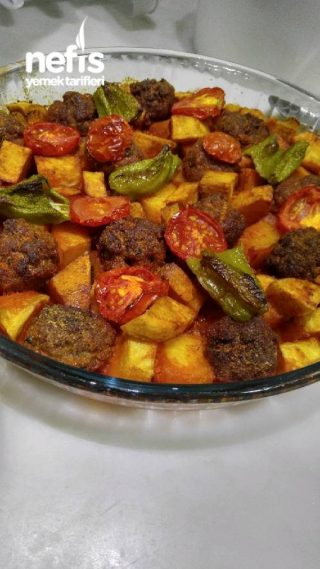 Fırında Top Köfteli Patates
