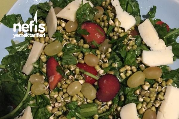 Karışık Yeşillik Salatası Tarifi