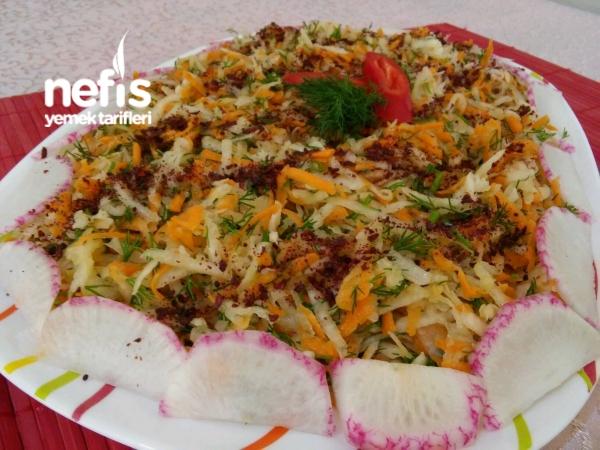 Nefis Havuçlu Turp Salatası