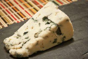 Rokfor Peyniri – Geleneksel Fransız Küflü Peyniri Tarifi