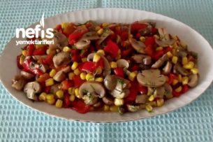 Mantarlı Kırmızı Biber Salatası Tarifi