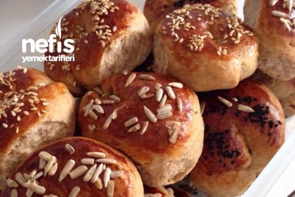 Damla Sakızlı Kıbrıs Çöreği (Yumuşacık Baharatlı Ve Çok Lezzetli ) Tarifi