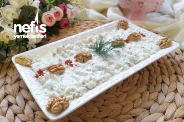 3 Dakikada Karnabahar Salatası (Muhteşem Lezzet) Tarifi