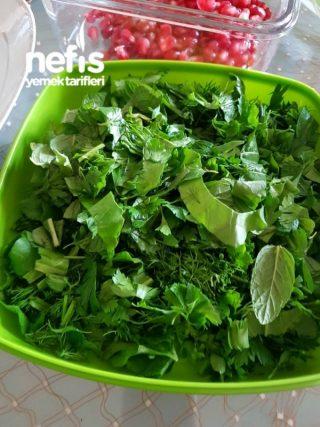 Narlı Yeşillik Salata