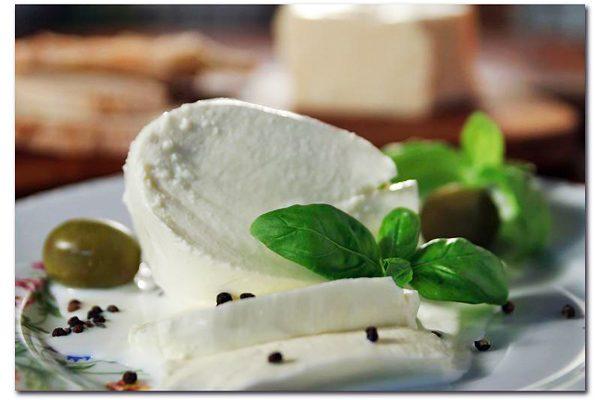 Mozzarella Peyniri Nerede Kullanılır? Nasıl Yenir? Tarifi