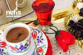 Bir Sade Türk Kahvesi Tarifi
