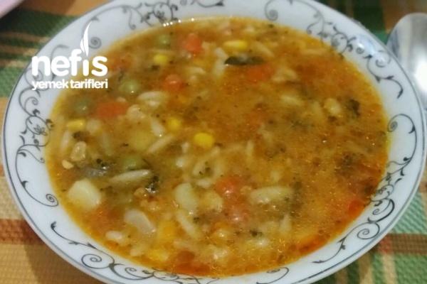 Şehriyeli Karışık Sebze Çorbası Tarifi