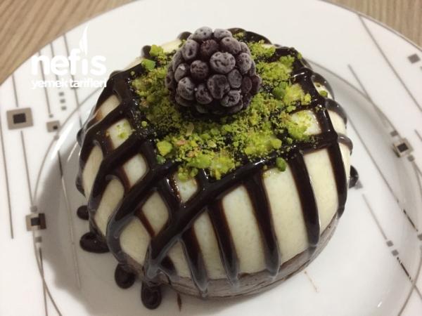 Porsiyonluk İrmik Pastası (10 Dakikada)