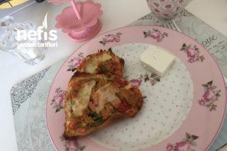 Tonbalıklı Ekmek Pizzası (5 Dk Pizzası) Tarifi