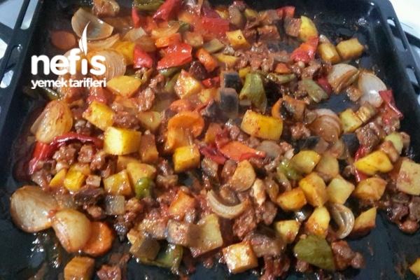 Fırında Etli Sebze Kababı Tarifi