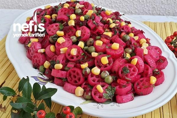 Nefis Pancarlı Makarna Salatası (Çok Lezzetli) Tarifi