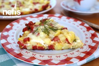 Sosisli Kahvaltılık Patates Tarifi