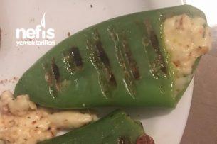 Peynirli Yeşil Dolmalık Biber (Tost Makinesinden) Tarifi