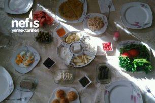 Komşularla Kahvaltı Keyfi Tarifi