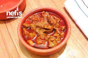 Salçalı Et Yemeği (Kekikli Karabiberli) Tarifi