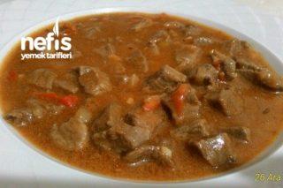 Gulaş (Macar Et Yemeği) Tarifi