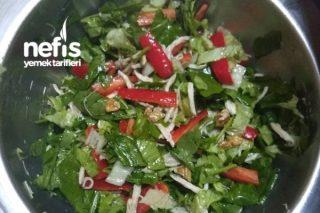 Doyurucu Tavuk Salatası Tarifi