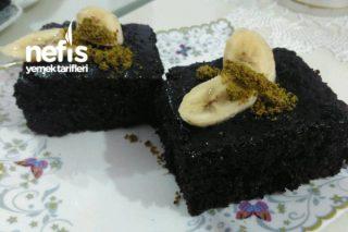 Enfes Çikolatalı Bol Sosuyla Şahane Islak Mı Islak Kek Tarifi
