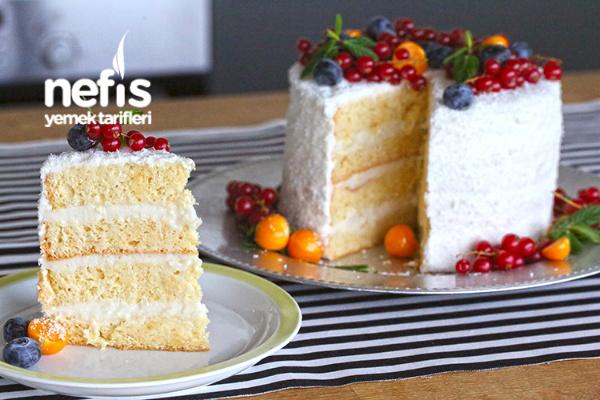 Hindistan Cevizli Yaş Pasta Tarifi (Evde Olan Malzemelerden)