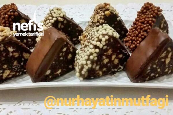 Çikolatalı Piramit Pasta Tarifi