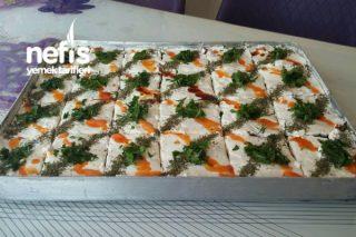 Yoğurtlu Etimekli Köz Patlıcanlı Salata Tarifi
