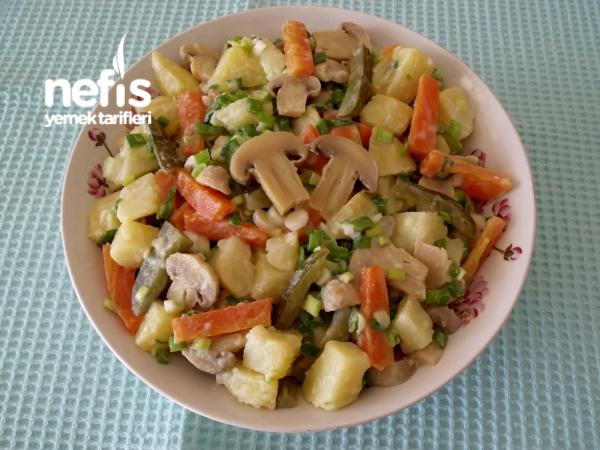 Mantarlı Patates Salatası