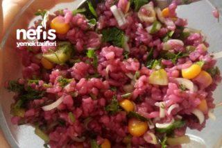 Şalgamlı Mor Bulgur Salatası Tarifi