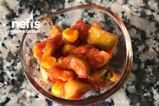 Soslu Zeytin Salatası (Kahvaltılık) Tarifi