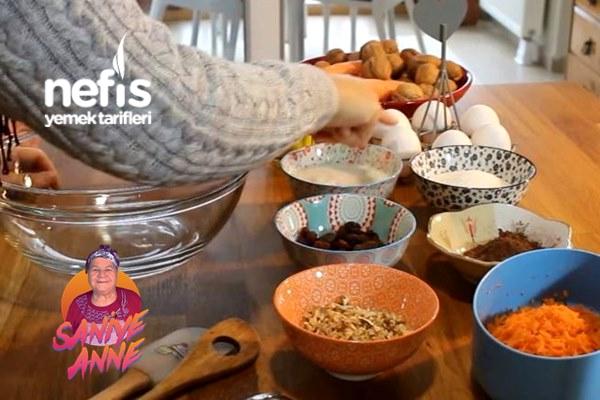 Ayşenur Altan (kekevi) İle Havuçlu Kakaolu Muffin Tarifi (Videolu)
