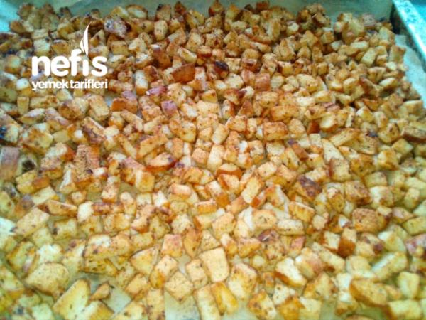 Çorbalara Kıtır Ekmek