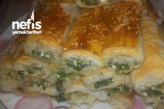 Baklava Yufkasından Börek (Ispanaklı Peynirli ) Tarifi