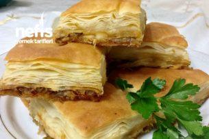 Kat Kat Muhteşem Pırasalı Börek (El Açması En Kolay Börek) Tarifi