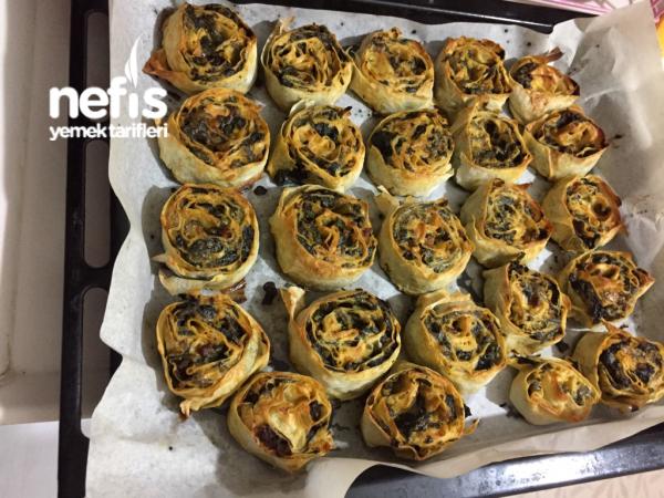 Kıymalı Ispanaklı Rulo Börek