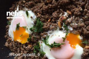 Dolmalık Fıstıklı Kıymalı Yumurta Tarifi