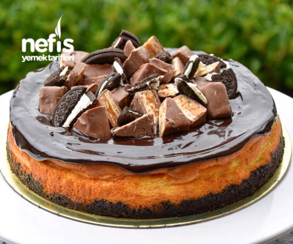 Oreolu Snickers Cheesecake