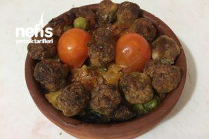 Güveçte Misket Köfteli Sebze Kebabı Tarifi