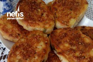 Patatesli Peynirli Rulo Börek Tarifi