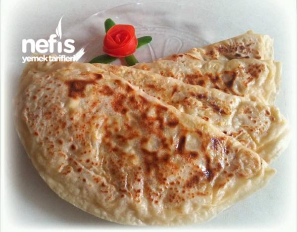 Yumuşacık Patatesli Peynirli Nefis Gözleme (Mayalı Hamurla Hiç Bekletmeden)