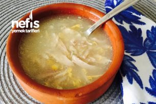 Eski Tavuk Çorbalarını Unutun Mısırlı Tavuklu Çorba Tarifi