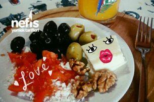 Tek Başıma Diyet Kahvaltım Tarifi