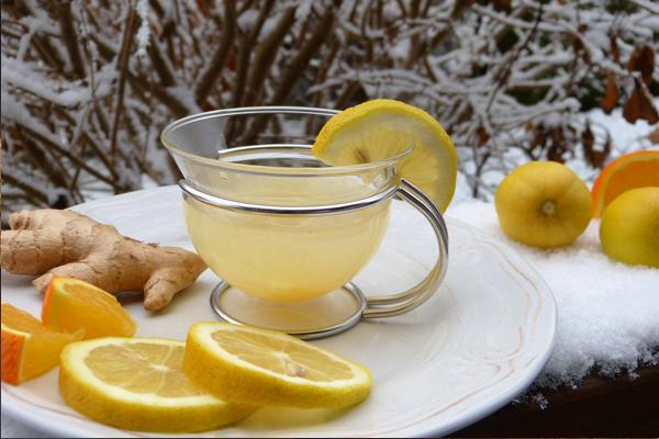 Limonlu Suyun Faydaları Nelerdir? Tarifi