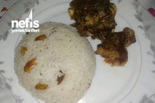 Fırında Kuzu Kaburga Ve Bademli Fıstıklı Pirinç Pilavı Tarifi
