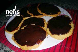 Çikolata Soslu Bisküvi Kurabiyeler Tarifi