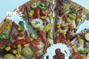 Evde Pratik Pizza Tarifi